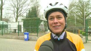 2012: 15.000 recreanten rijden hun Ronde