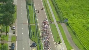 Giacomo Nizzolo gagne la 5e étape, Boonen reste leader