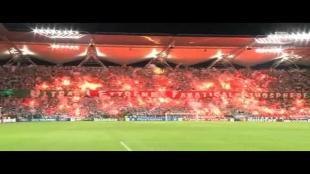 Supporters Legia spotten met UEFA