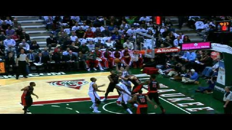 Rookie Carter-Williams leidt Philadelphia 76'ers naar 3 op 3