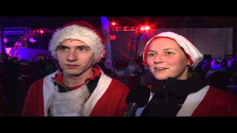 5000 kerstmannen veroveren Antwerpse binnenstad