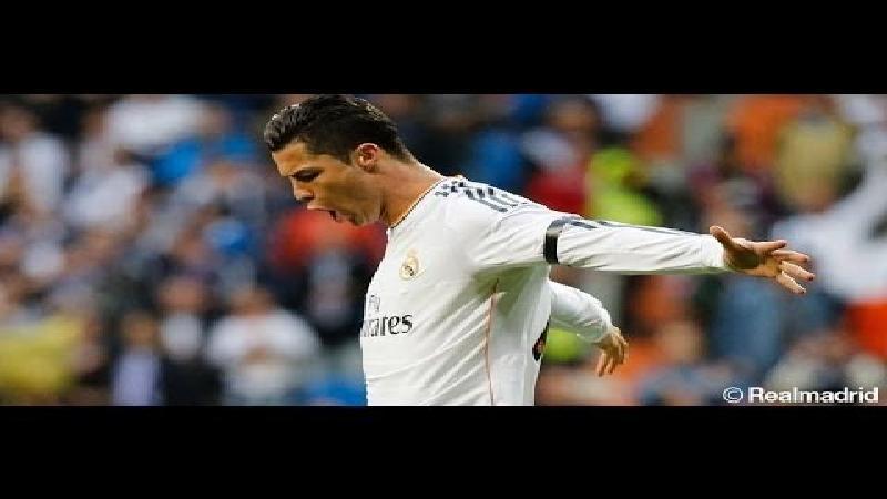 Wereldgoal van Ronaldo bezorgt Real punt