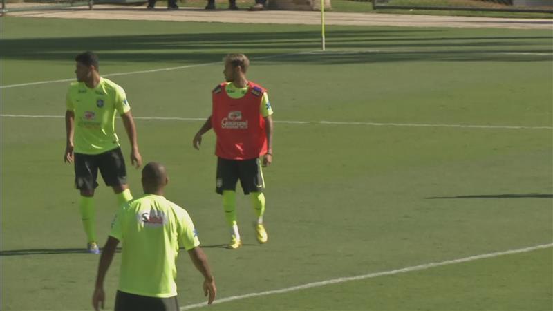 Scolari: 'Neymar speelt niet langer voor eigen succes'