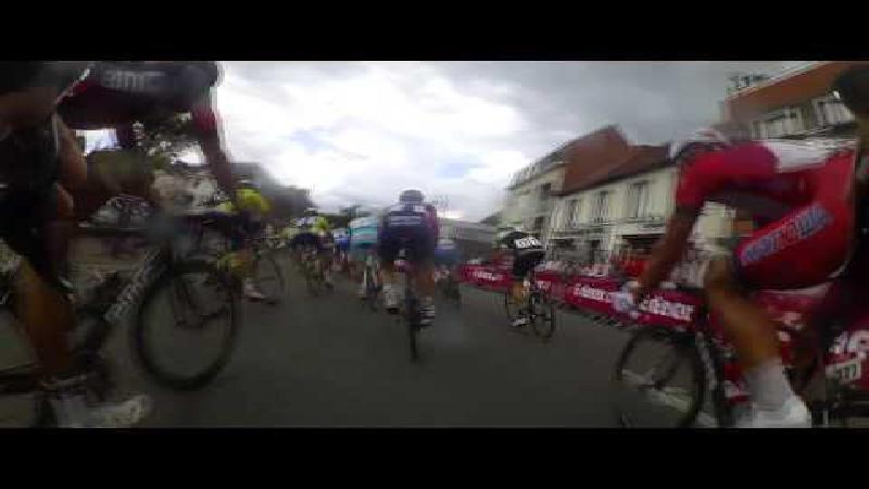 Bekijk een massasprint vanuit het standpunt van de renners
