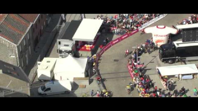 Bekijk de fenomenale sprint van Van Avermaet