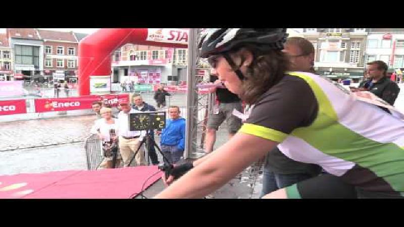 Recreanten rijden tegen de klok in Eneco Tour
