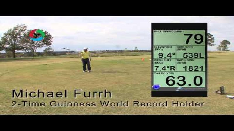Man breekt wereldrecord met langste golfclub ter wereld