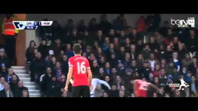 Invaller Fellaini schenkt United de zege bij QPR (VIDEO)