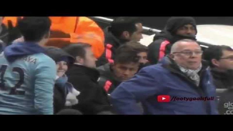 Neymar krijgt het aan de stok met City-fan (VIDEO)
