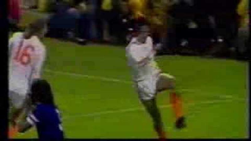 De beste voetbalmomenten van Johan Cruijff (VIDEO)
