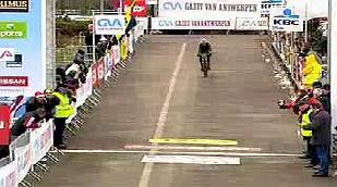 Bart Wellens wint Grote Prijs van Hasselt