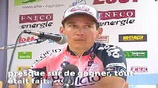 Réactions du vainqueur de l'étape, Robbie McEwen, et du leader Nick Nuyens
