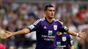 Suarez loodst Anderlecht voorbij Charleroi
