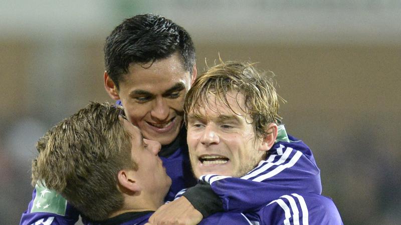 Anderlecht dankzij own goal voorbij Essevee