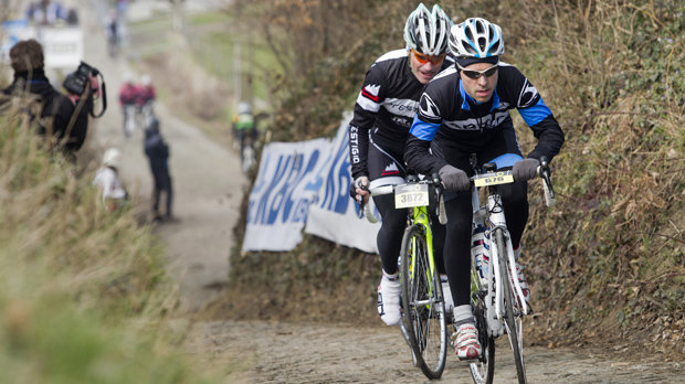 16.000 recreanten rijden hun Ronde van Vlaanderen
