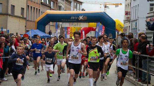 Diaz Rodriguez en De Schryder sprinten naar zege in Gent