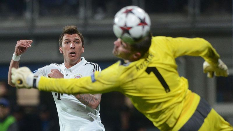 Man City en Bayern winnen, rood Fellaini