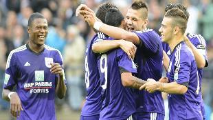 Anderlecht overklast Mechelen in één helft