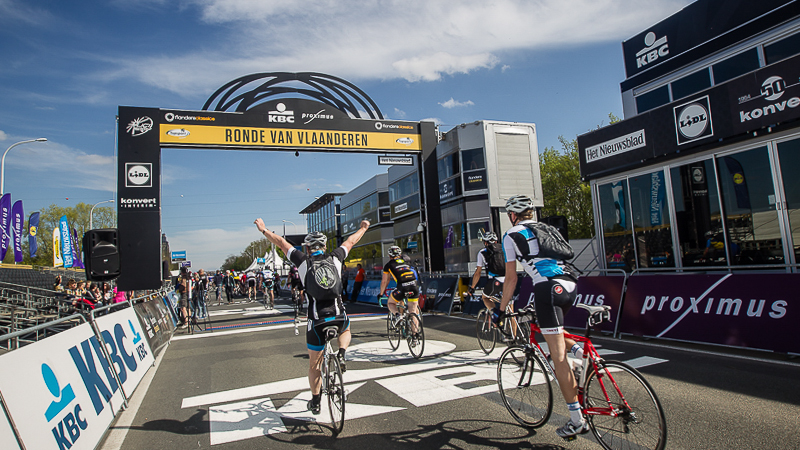 Jubelen in de Ronde van Vlaanderen Cyclo