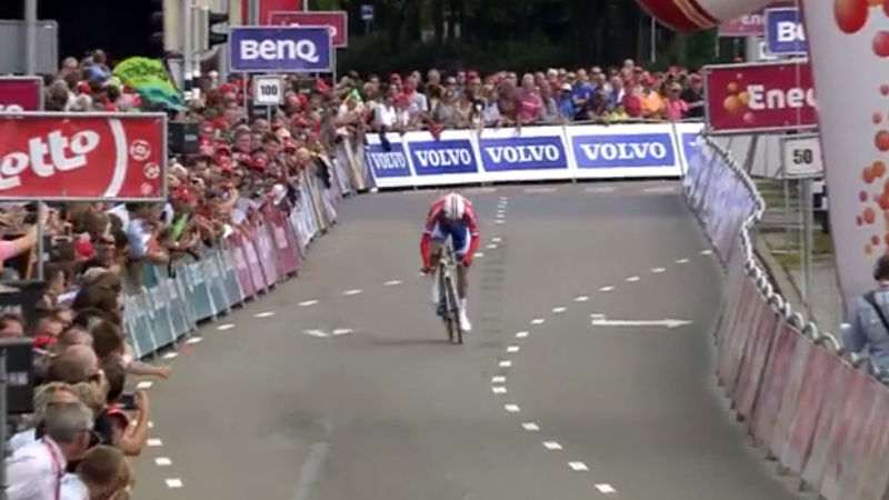 Watch the last hectometers of Dumoulin