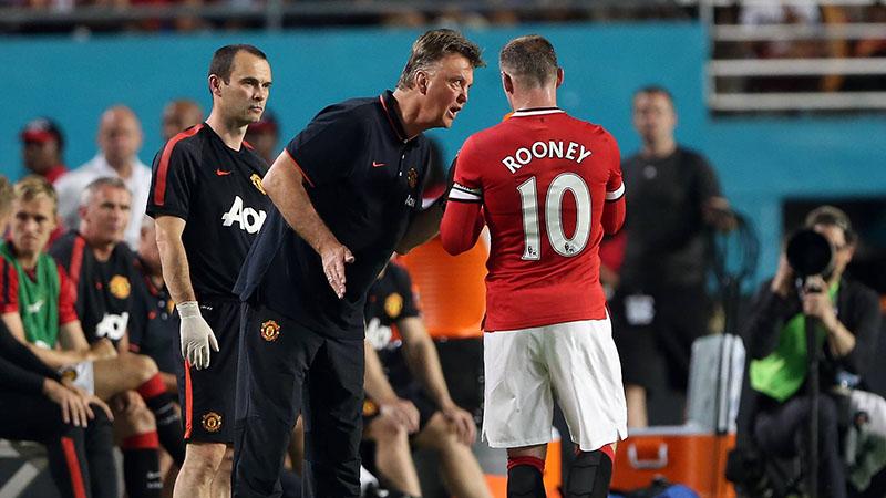'Het loon van Rooney doet me walgen'