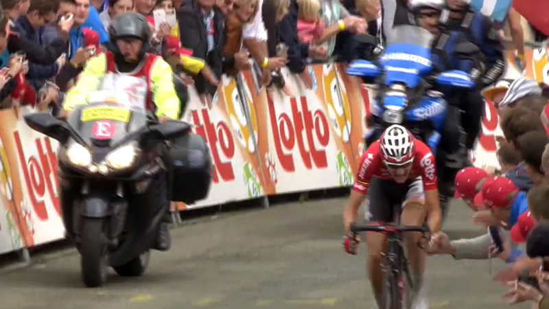 Watch the last hectometers of stage 6