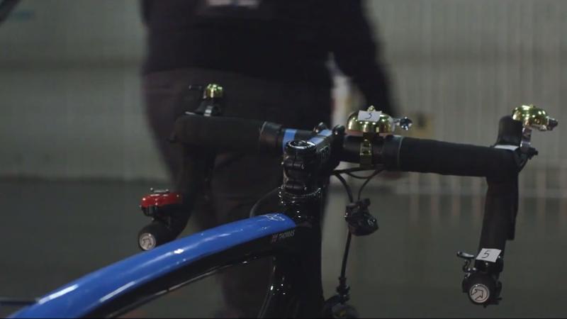 Geraint Thomas maakt fietsende kerstsong (VIDEO)