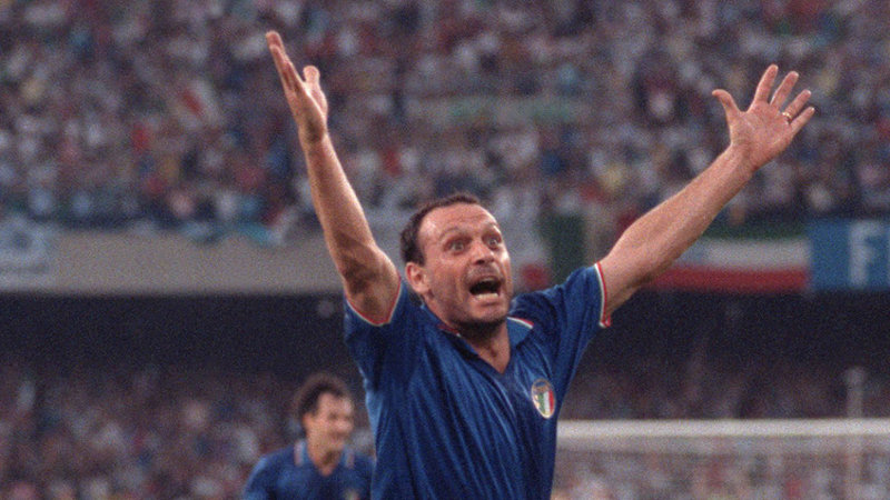 Topschutter van WK 1990 wordt 50 (+VIDEO)