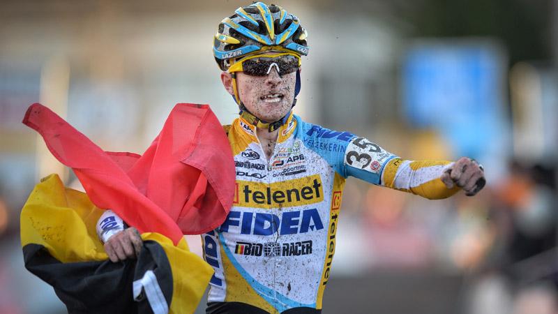 Iserbyt bevestigt bij de junioren: www.sport.be/nl/wielrennen/veldrijden/article.html?Article_ID=669352