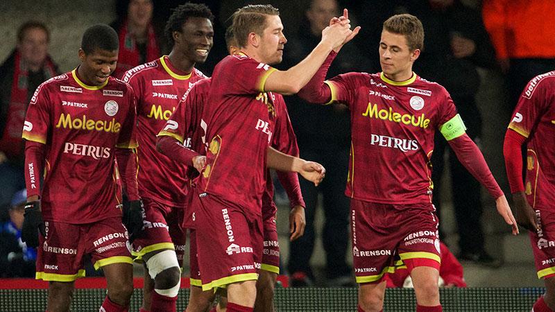 Zulte Waregem hijst zich naast Club en Anderlecht