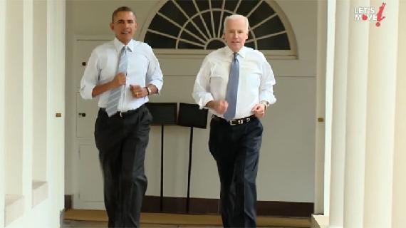 Obama jogt door het Witte Huis