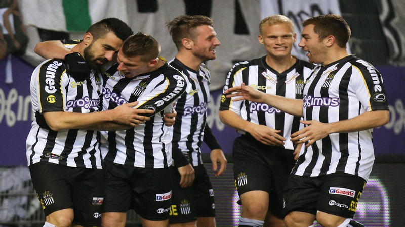 Charleroi bat le champion de Belgique