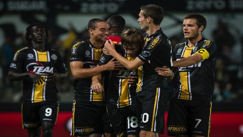 Abdurahimi en Persoons helpen Lokeren voorbij KV Mechelen