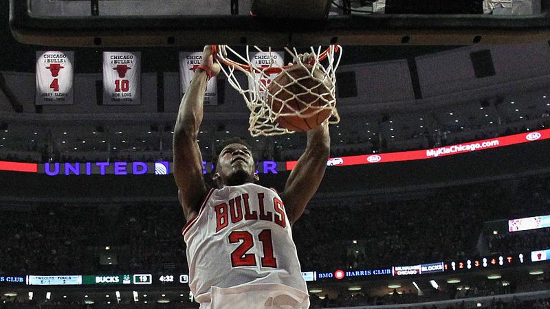 Bulls en Butler serveren Bucks af (VIDEO)