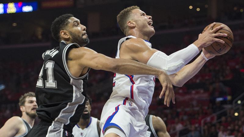 Clippers zetten titelverdediger op achterstand (VIDEO)