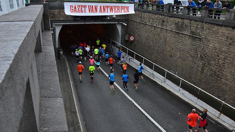 Start DVV Antwerp Marathon vanuit de lucht