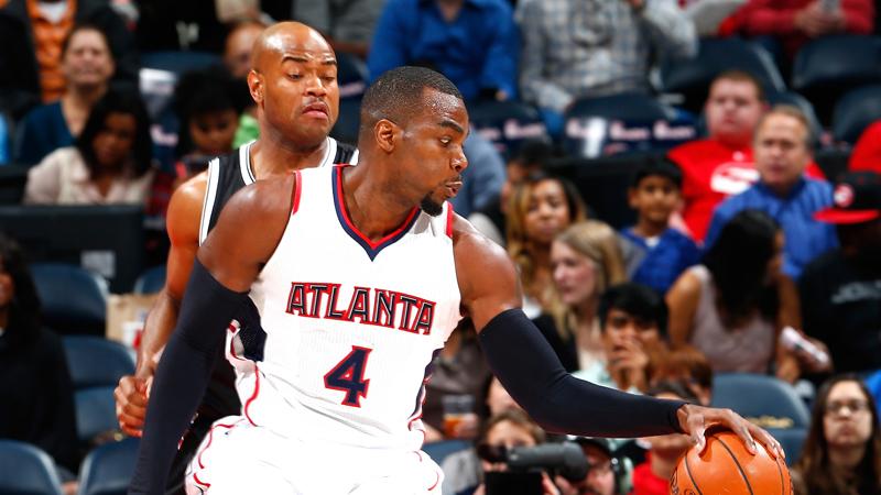 Oppermachtige Atlanta Hawks evenaren clubrecord (VIDEO)