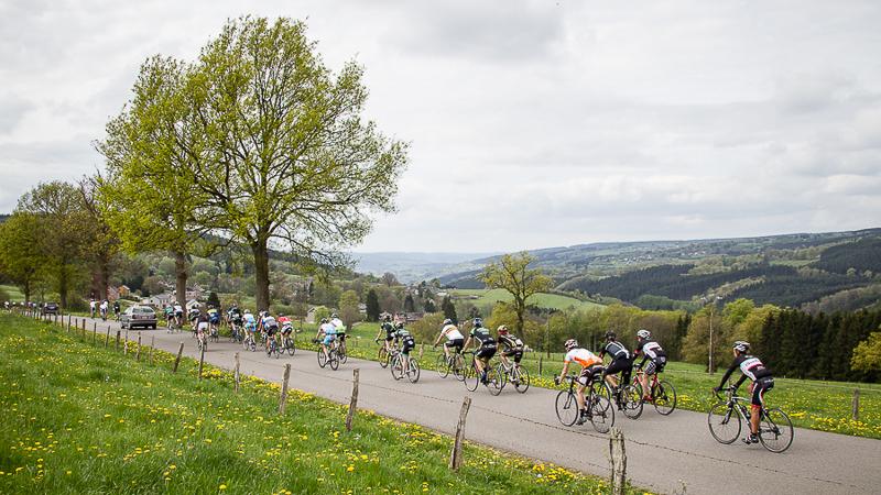 Beaucoup de (beau) monde au Liège-Bastogne-Liège Challenge, malgré la pluie
