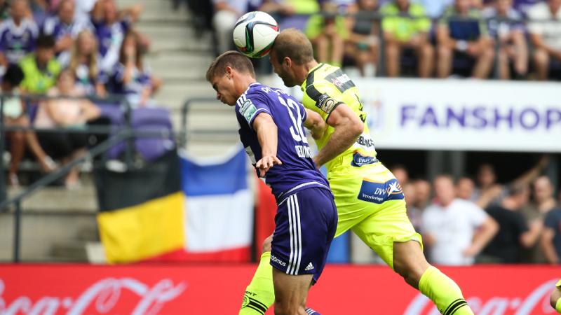 Gent pakt Anderlecht eerste punten af