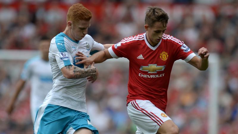 Manchester United verliest eerste punten (VIDEO)