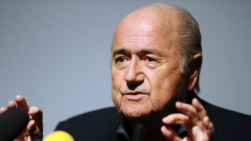Blatter stapt (weldra) op als FIFA-voorzitter (VIDEO)