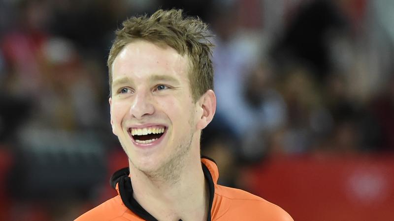 Blokhuijsen nieuwe ploegmaat, Hill nieuwe coach van Swings (VIDEO)