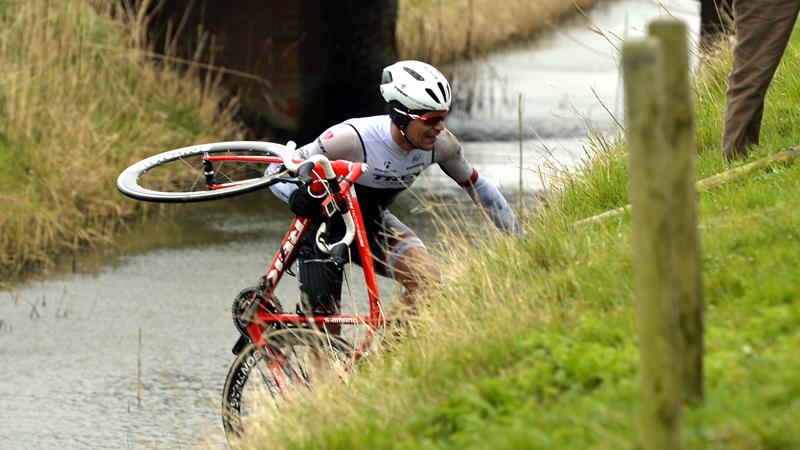 Drie Belgen in De Panne bij 'doelloos' Trek