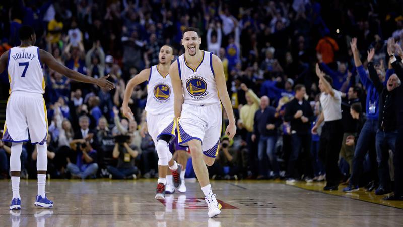 Warriors vieren eerste divisietitel sinds 1976 (VIDEO)