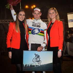 Koning Winter: Mathieu Van der Poel wint!