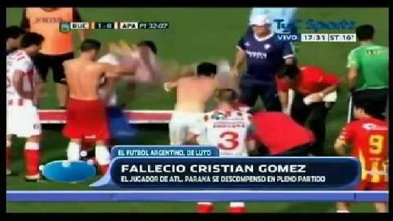 Un footballeur argentin meurt en plein match (VIDEO)