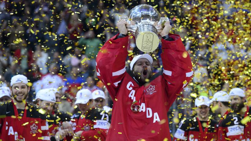 Canada verplettert Rusland in finale WK ijshockey (VIDEO)