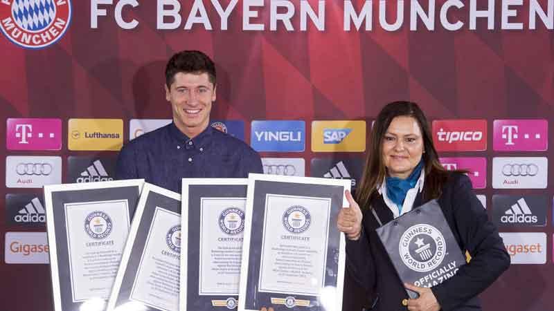 Lewandowski 4 keer in Guinness Book of Records (VIDEO)