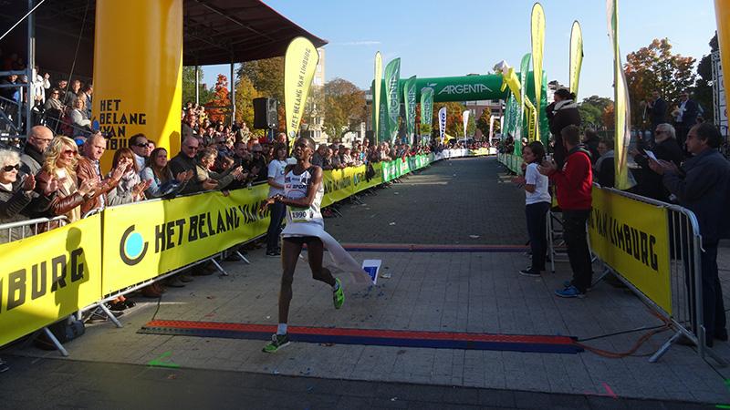 13.000 coureurs pour une édition record du HBvL Dwars door Hasselt