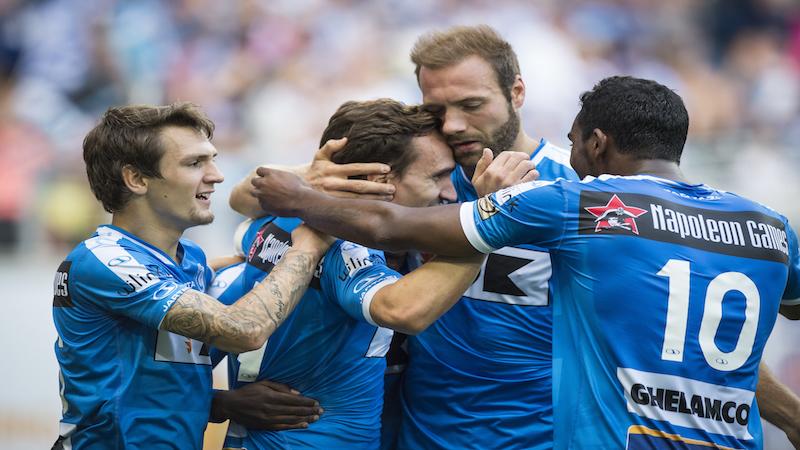 Gent wint tegen negen man van Standard